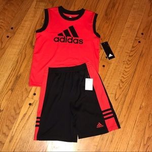 NWT Adidas 2 Piece set.  Boys  Super Cute!